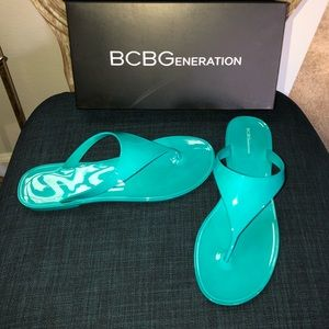 BCBGENERATION STARR BRIGHT TEAL JELLY 9M NEW